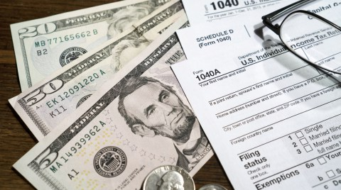 6 Tax Hacks & Discounts to Save on Tax Filing for 2015